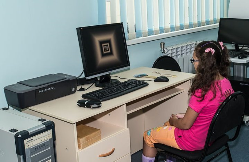 Компьютерная программа РЕЛАКС для глаз в Екатеринбурге в салонах оптики Зеркальный
